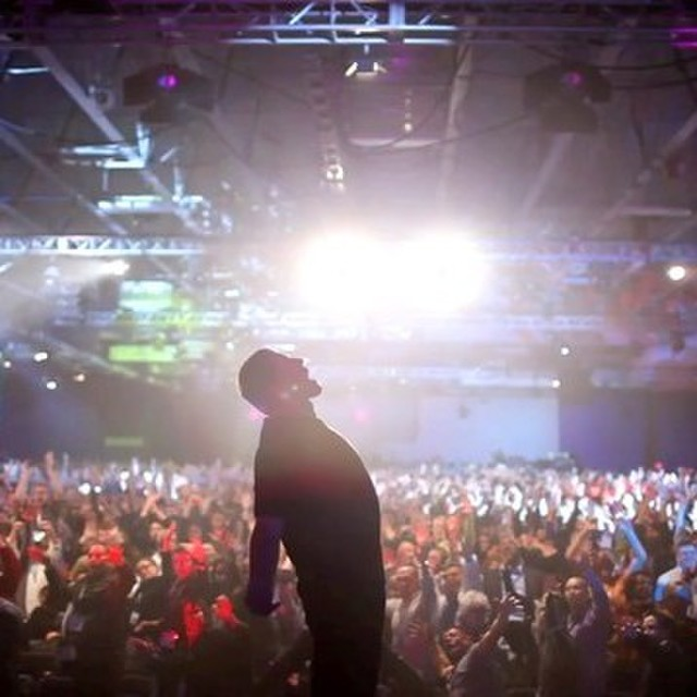 avatar for Tony Robbins: I Am Not Your Guru