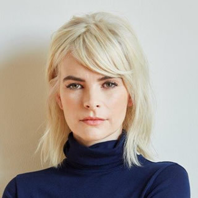 avatar for Kelly Oxford