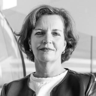 Speaker Inge Van Dijk