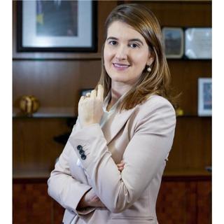 Ms. Yana Dumaresq Sobral Alves