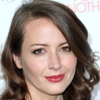 avatar for Amy Acker