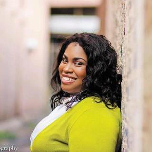 avatar for Angie Thomas