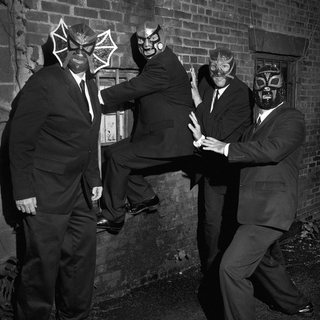avatar for Los Straitjackets