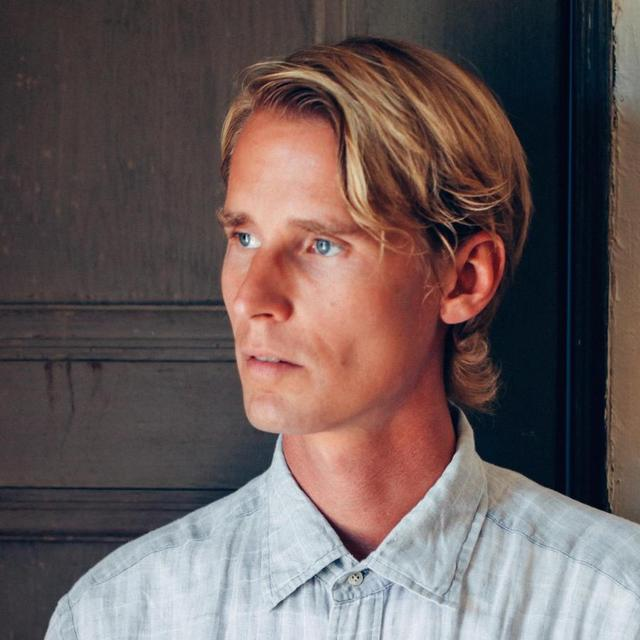 avatar for Tom Brosseau