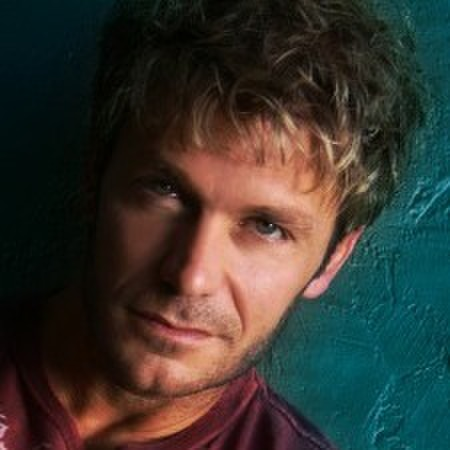 avatar for Vic Mignogna