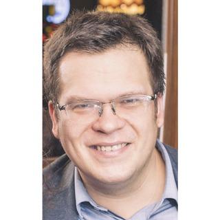 Dr Krzysztof Pomorski