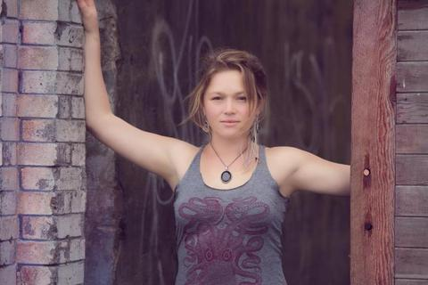 avatar for Crystal Bowersox