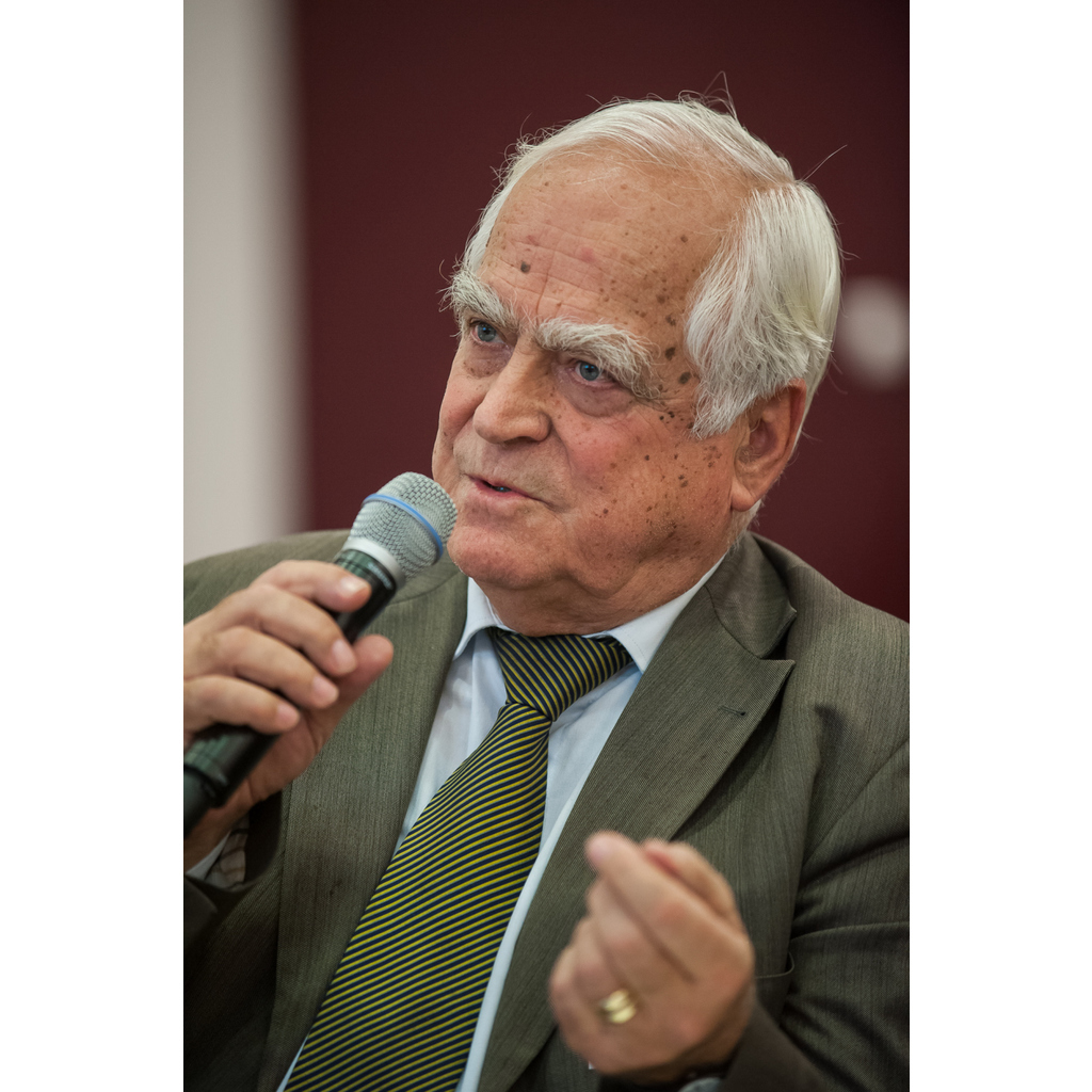 avatar for Professor Dr. Dr. h.c. Peter Eigen