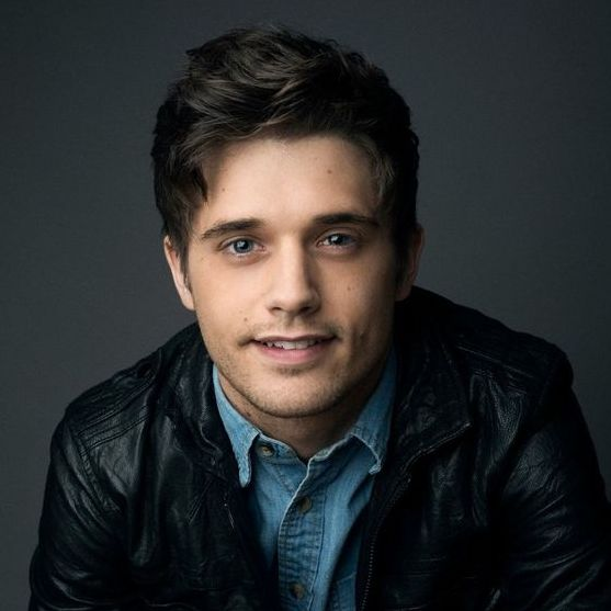 avatar for Andy Mientus