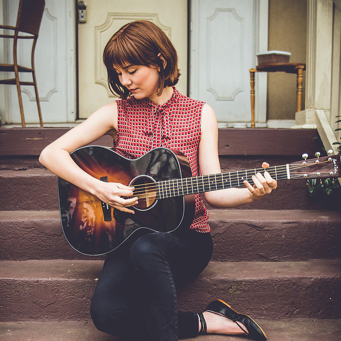 avatar for Molly Tuttle