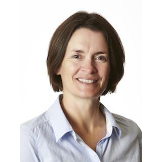 Associate Professor Lauren Bennett