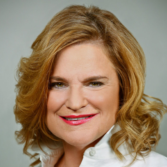 avatar for Jennifer Palmieri