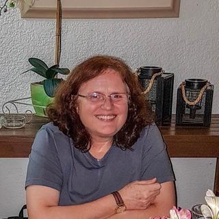 Beatriz Battistella Nadas