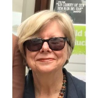 2bbf676a301 avatar for Valerie Sayers