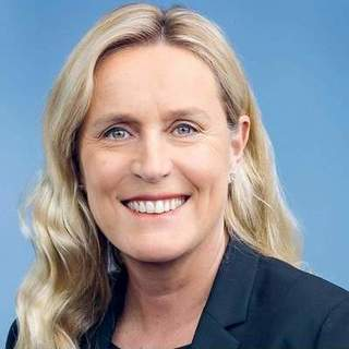 avatar for IRIS BOHNET