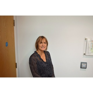 Dr Cheryl Crocker